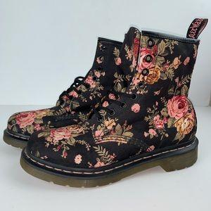 Doc Martens 8-eye Victorian flowers boots